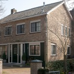 Het gehele huis voorzien van kunstof kozijnen en deuren door van der Hulst Kunststof kozijnen